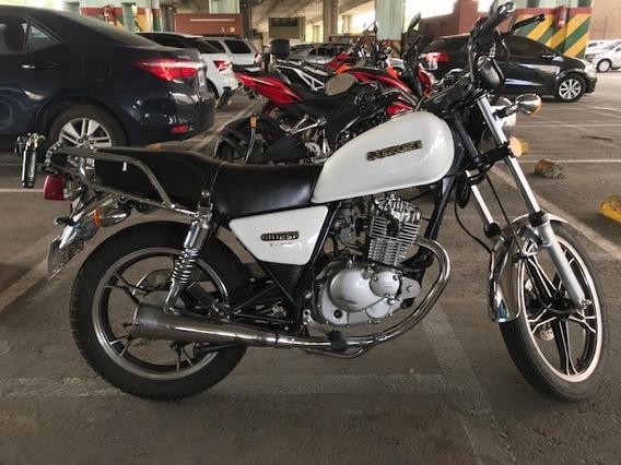 Moto Susuki Gn125 F