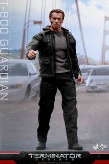 T-800 Guardian (terminator Genisys) Hot Toys
