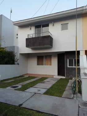 Casa En Renta En Tres Pinos