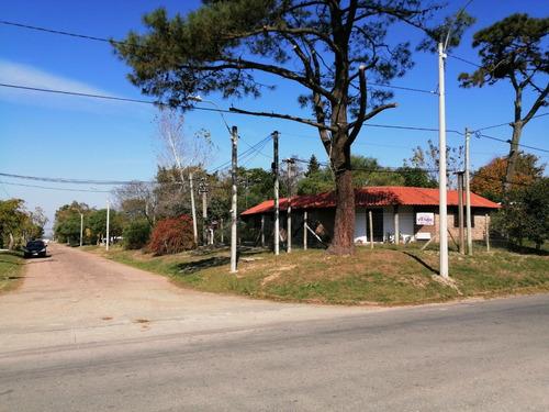 Excelente Casa 3 Playa ,sobre Calle De Bus 3 De Servicios