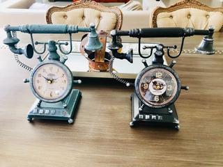 Reloj De Mesa Teléfono Antiguo