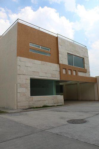 Venta De Casa En San Jerónimo Chicahualco, Metepec.