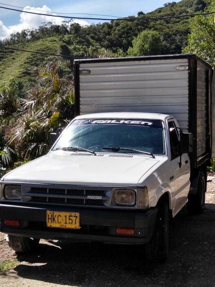 Mazda B2000 Vencambio Lo Que Sea