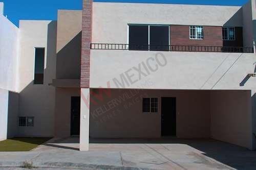 Casa En Venta En Fraccionamiento Cerrado Al Sureste De Ramos Arizpe