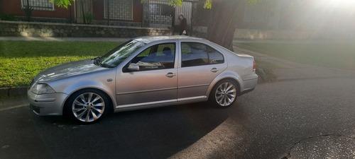 Volkswagen Bora Cuero Llantas Unico