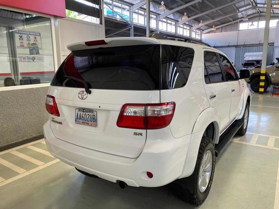 Toyota Fortuner 4x4 Blindada