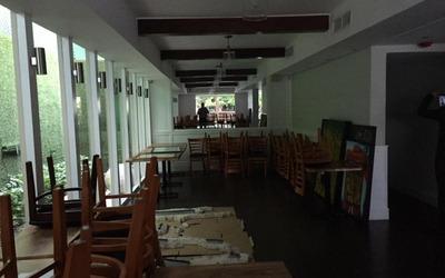 Renta Local Para Bar O Restaurante En Naco Dos Niveles