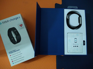 Fitbit Charge 2 - (usado)