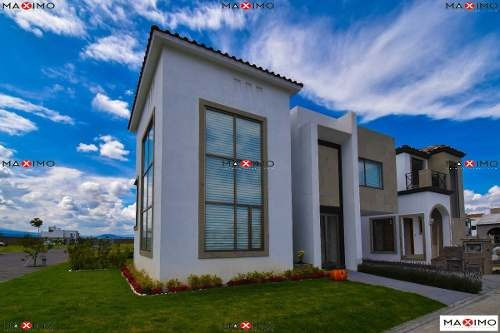Bonita Casa En Condado Del Valle, Metepec
