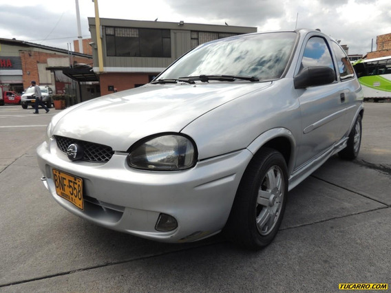 Chevrolet Corsa Active 1.4cc Mt