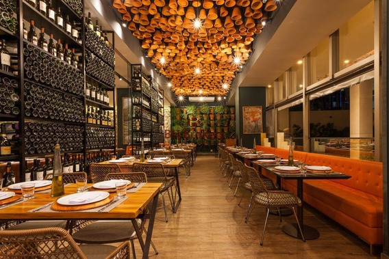 Elegante Hotel 4 Estrelas: Centro De Convenções, Restaurante, Lazer E Estacionamento. - 12812