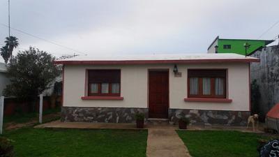 Buena Casa, Iluminada, 3 Dormitorios - Colon
