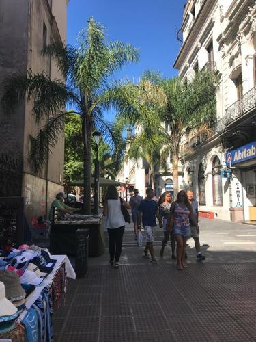 Peatonal Sarandi Entre Treinta Y Tres Y Misiones
