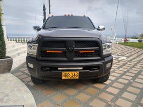 Dodge Ram 2500 . 5700 Cc. 4 Por 4 . 2015