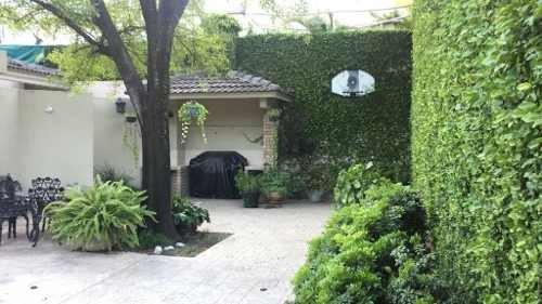 Hermosa Residencia En Zona Privilegiada De San Pedro.
