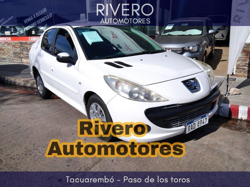 Peugeot 207 Compact 1.4 2010 Impecable!
