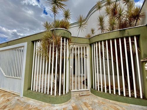 Imagem 1 de 30 de Casa Padrão Em Franca - Sp - Ca0055_rncr