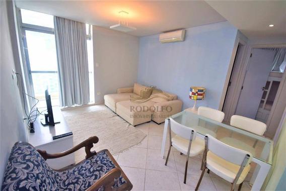 Calçadão, Vista Mar, Elevador, Sacada,reformado, 2 Dormitórios, 1 Suite, 1 Vaga, Otima Localização. - Ap0993