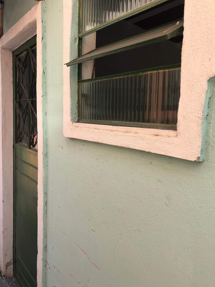 Kitnet Para Alugar Na Rua Sirici, Marechal Hermes, Rio De Janeiro - Rj - Liv-4765