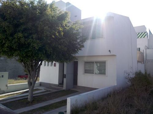 Casa En Venta En El Mirador Querétaro