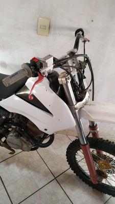 Suzuki Rm 230cc
