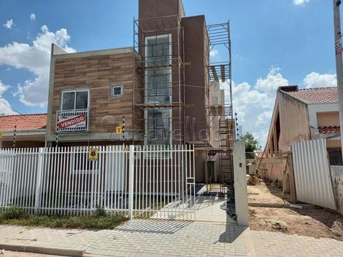 Sobrado Em Condomínio Com 3 Dormitórios À Venda Com 150m² Por R$ 480.000,00 No Bairro Uberaba - Curitiba / Pr - So00316