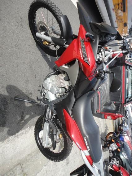 Honda Xre 300 2016 Vermelha 15900,00 Super Conservada