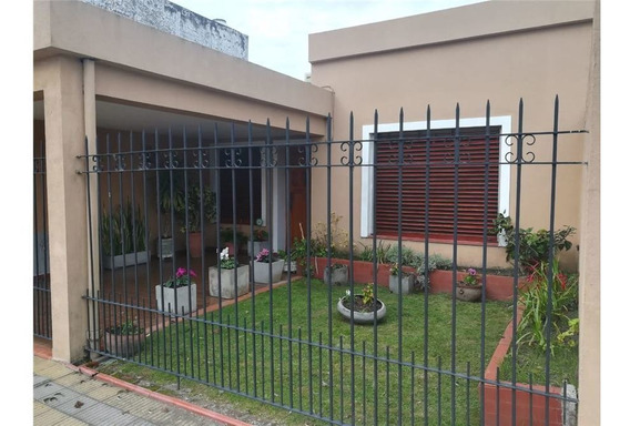 Casa En Venta De Dos Dormitorios En Ensenada