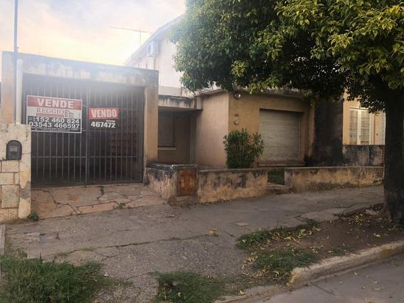 Casa 4 Dormitorios - B° Centro - La Calera