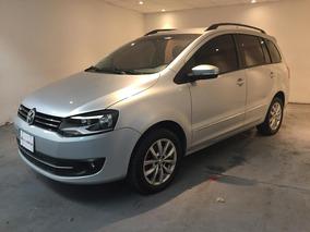 Volkswagen Suran Highline I-motion Color Gris Plata Año 2013