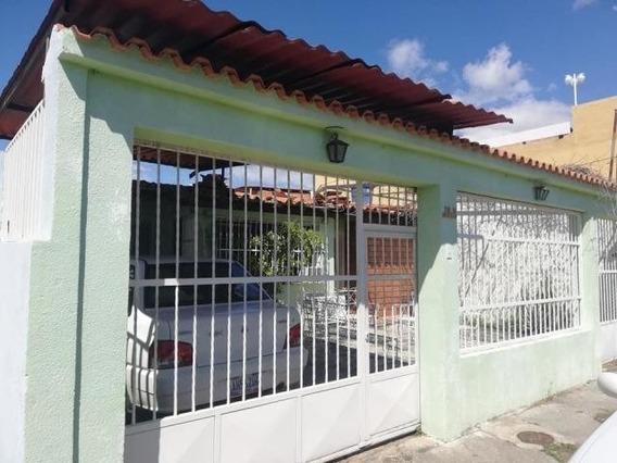 Tucanalinmobiliario Vende Casa En Los Samanes Cod 20-4984 Mv