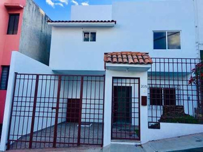 Se Renta Casa En La Colonia Estrella En Oaxaca De Juárez
