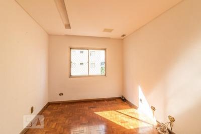 Apartamento No 4º Andar Com 2 Dormitórios E 1 Garagem - Id: 892915847 - 215847