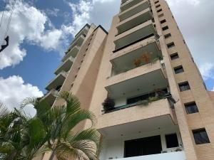 Apartamento En Venta Valles De Camoruco Carabobo 204834 Rahv