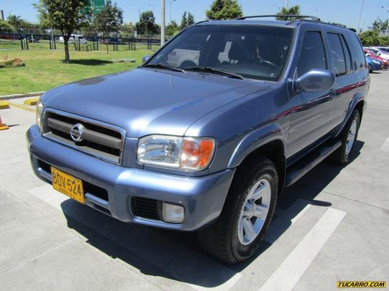 Nissan Pathfinder Full Equipo