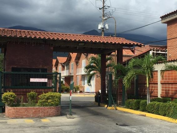 Casa En Castillejo Urb La Esperanza
