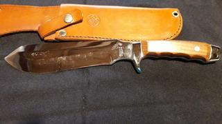 Cuchillo De Caza Marca Mundial (simil Puma White Hunter)
