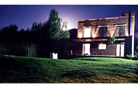 Hermosa Casa En Villa General Belgrano Con Pileta