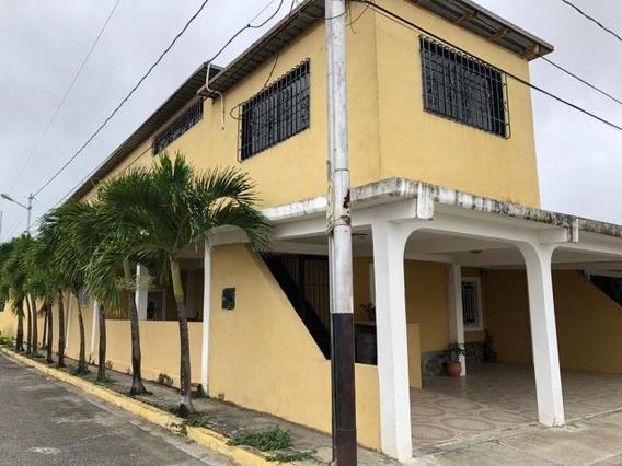 Rentahouse Lara Vende Casa 20-2885