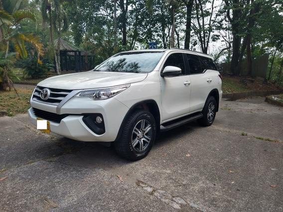 Toyota Fortuner 2.4 4x2 Automática Disel 2020