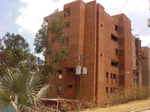 Venta De Apartamento Rent A House Codigo 18-15275