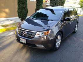Honda Odyssey Touring Minivan Cd Qc Dvd At 2011