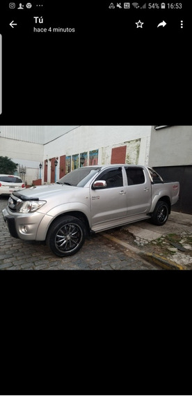 Toyota Hilux 3.0 Cd Srv Cuero I 171cv 4x4 4at 2011