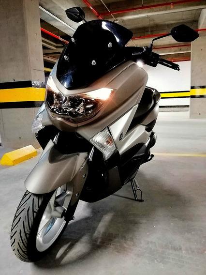Yamaha Nmax 155 Champion.
