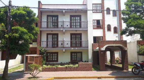 En Venta Amplio Hotel En La Lucila Del Mar, Todos Los Servic