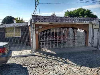 Venta De Casa En Fraccionamiento En Satélite La Calera