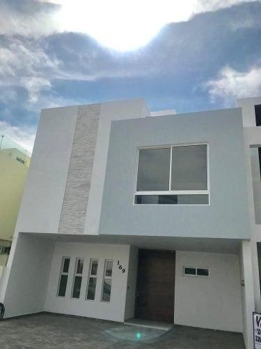 Casa Venta Coto Zanthe, Solares