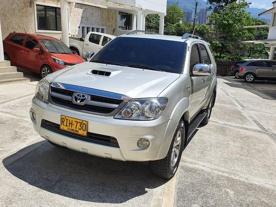 Toyota Fortuner 3.0 Diesel Automatica Refull