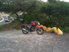 Moto Thunder Rs200