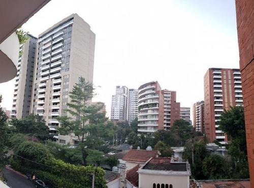 Alquilo Apartamento Con 200.00m2 En Zona 14 - Paa-056-10-10